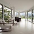 Bela lesena okna